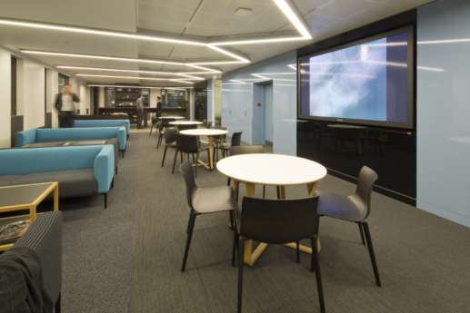 Relaxed seating in modern fit out