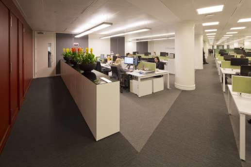 Green workstations in open plan office design