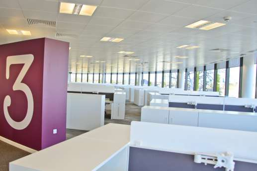 Empty workstations in new office fit out