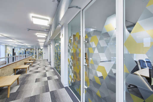Meeting rooms with glass walls and colourful partitioning