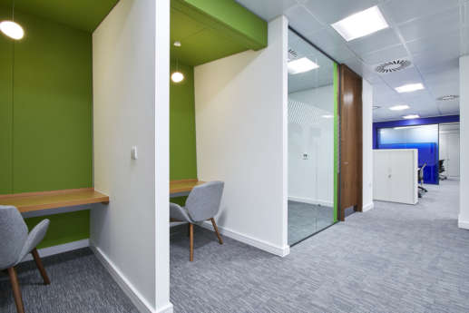 Concentration desks with green highlights