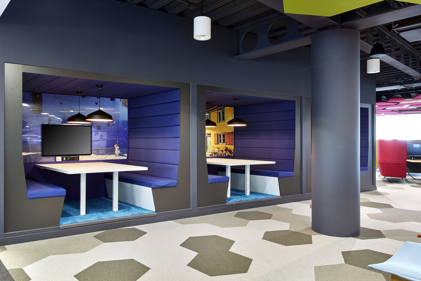 Modern office with meeting booths