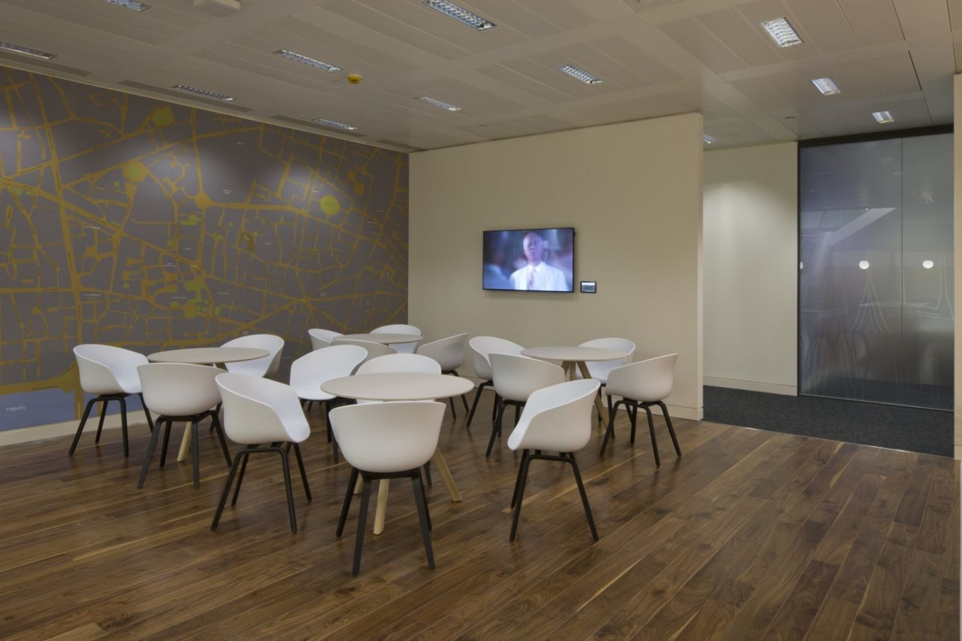 Office with floorboards and modern seating