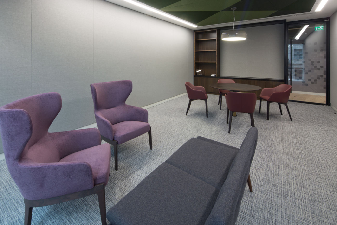 Staff meeting room fit out