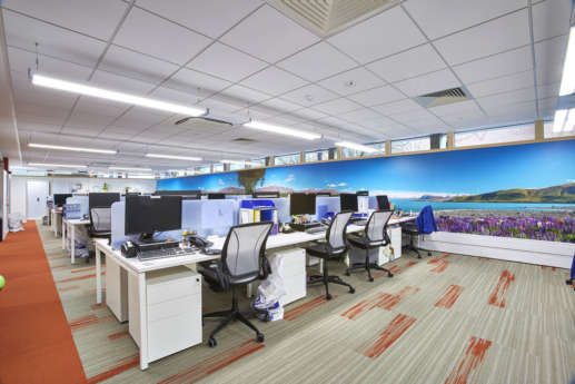 Workstations with tropical wall prints