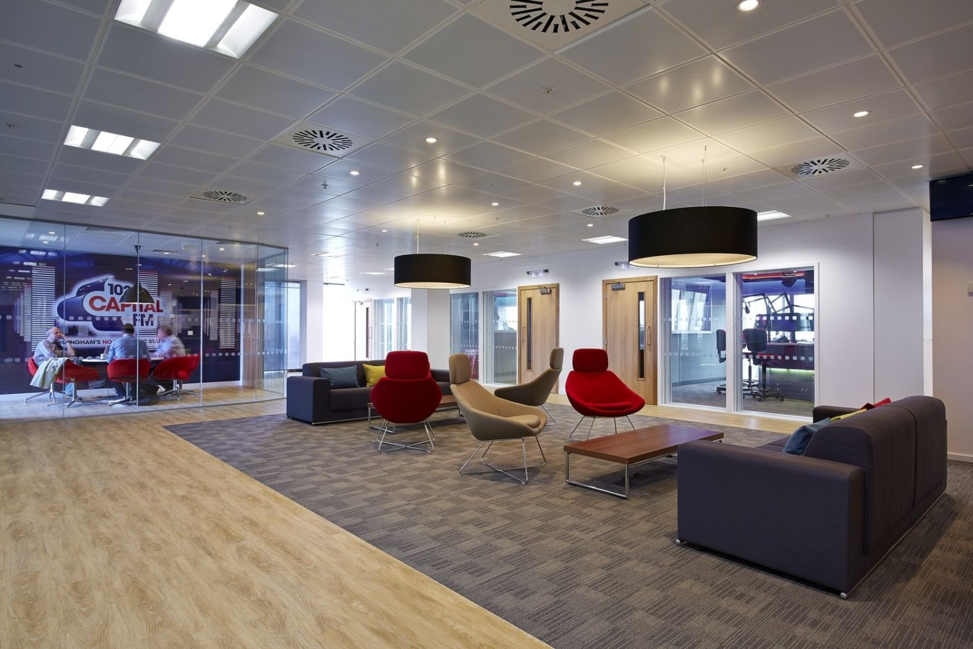 Casual fit out of meeting area