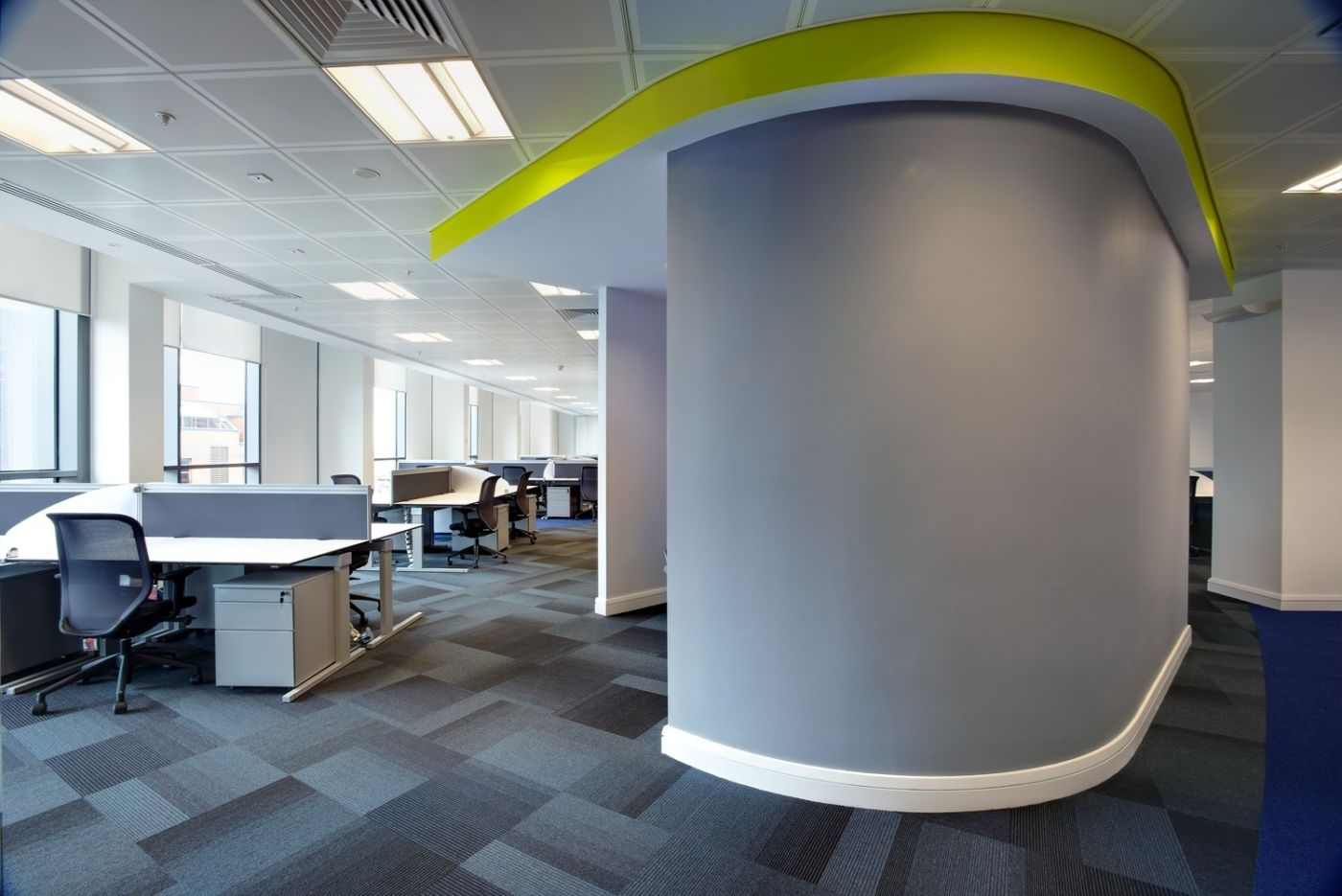 Curved wall in staff seating fit out