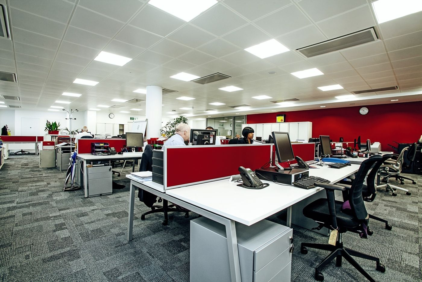 Computer staff seating fit out