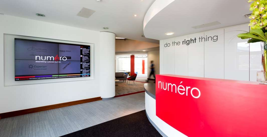 Modern reception fit out