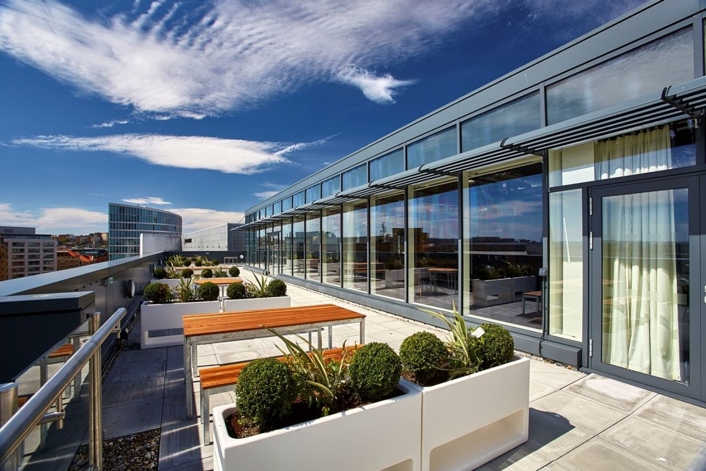 Outdoor seating terrace in modern office fit out
