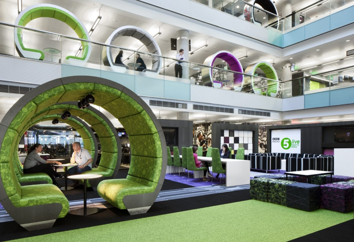 BBC meeting pods fit out
