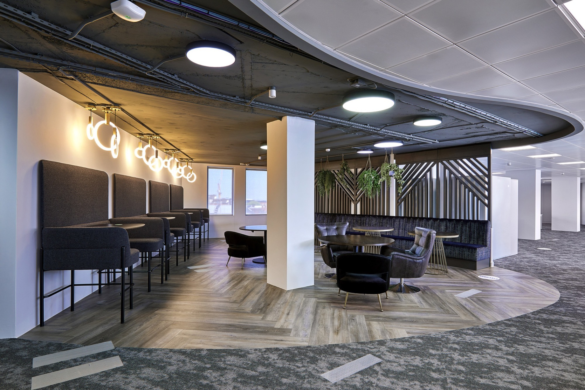 FIS breakout area design and build