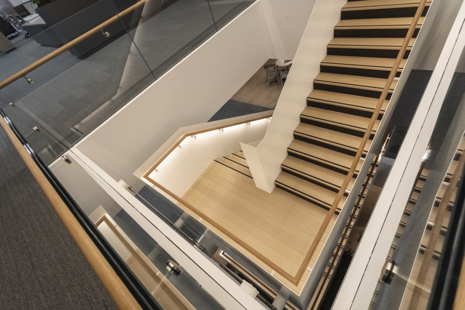 Link staircase for collaboration
