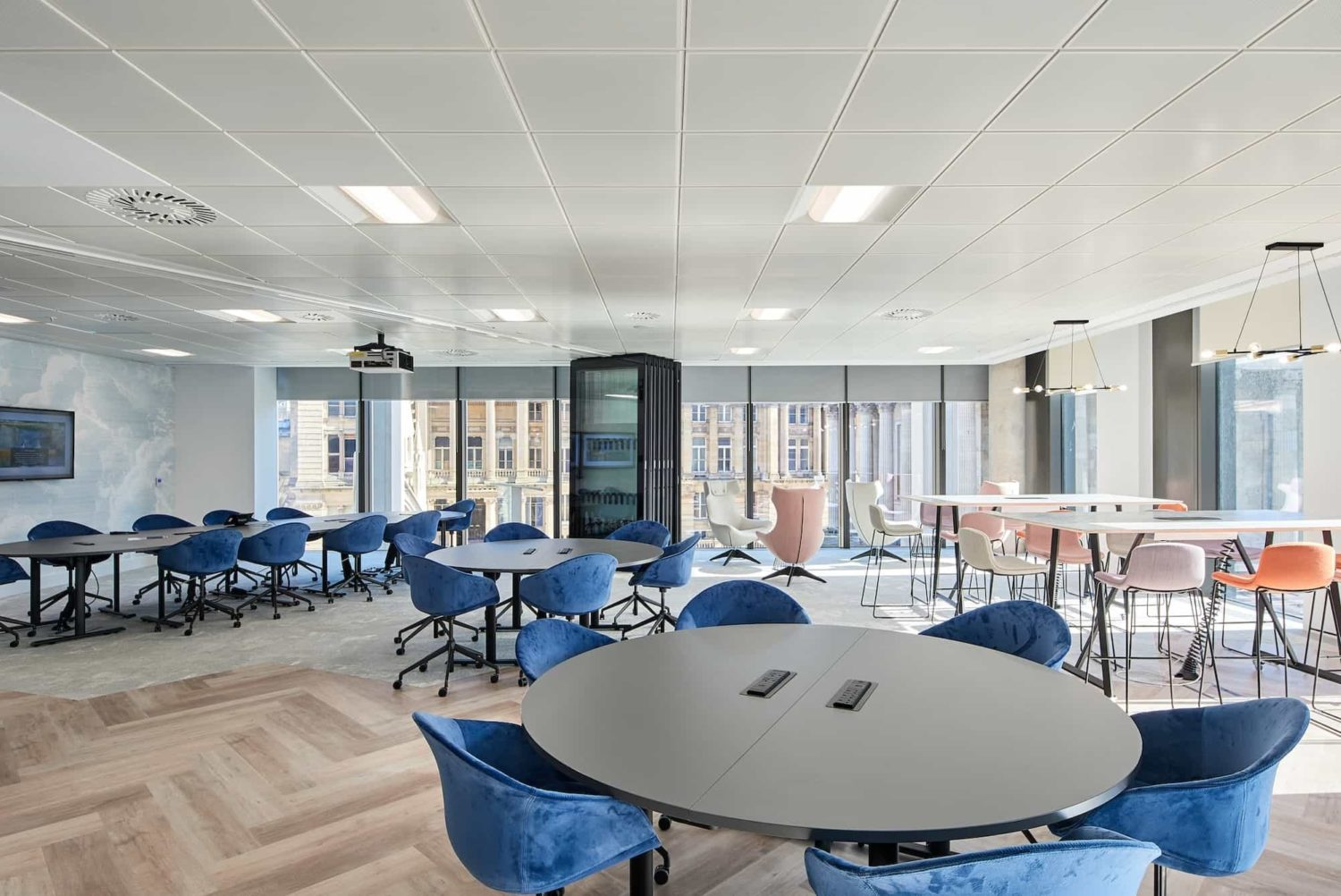 Mazars-open plan office design and fit out