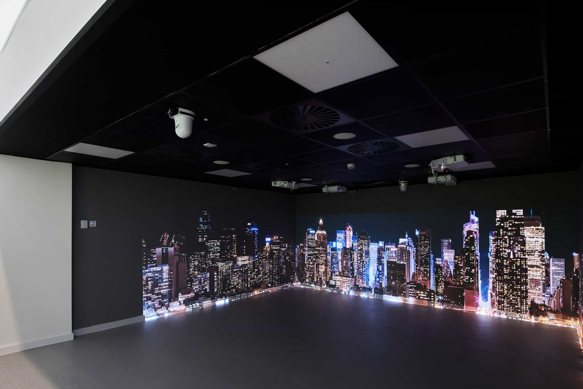Immersive reality suite fit out