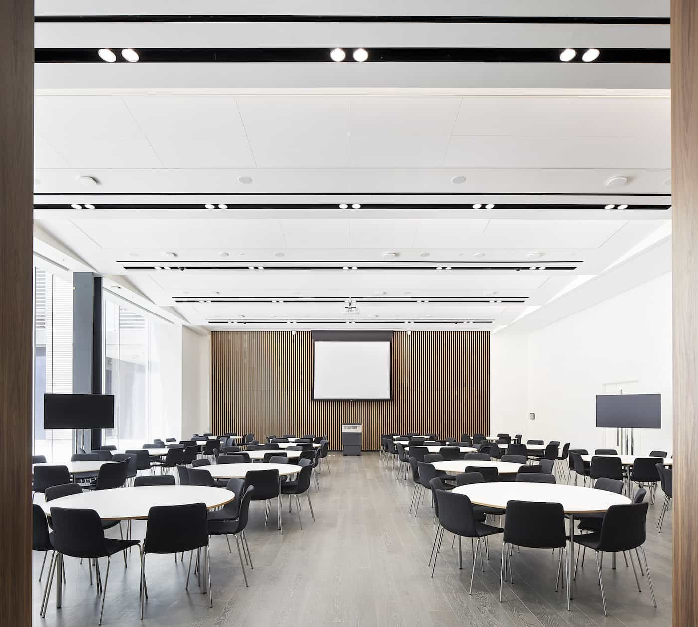 Chicago university conference room design