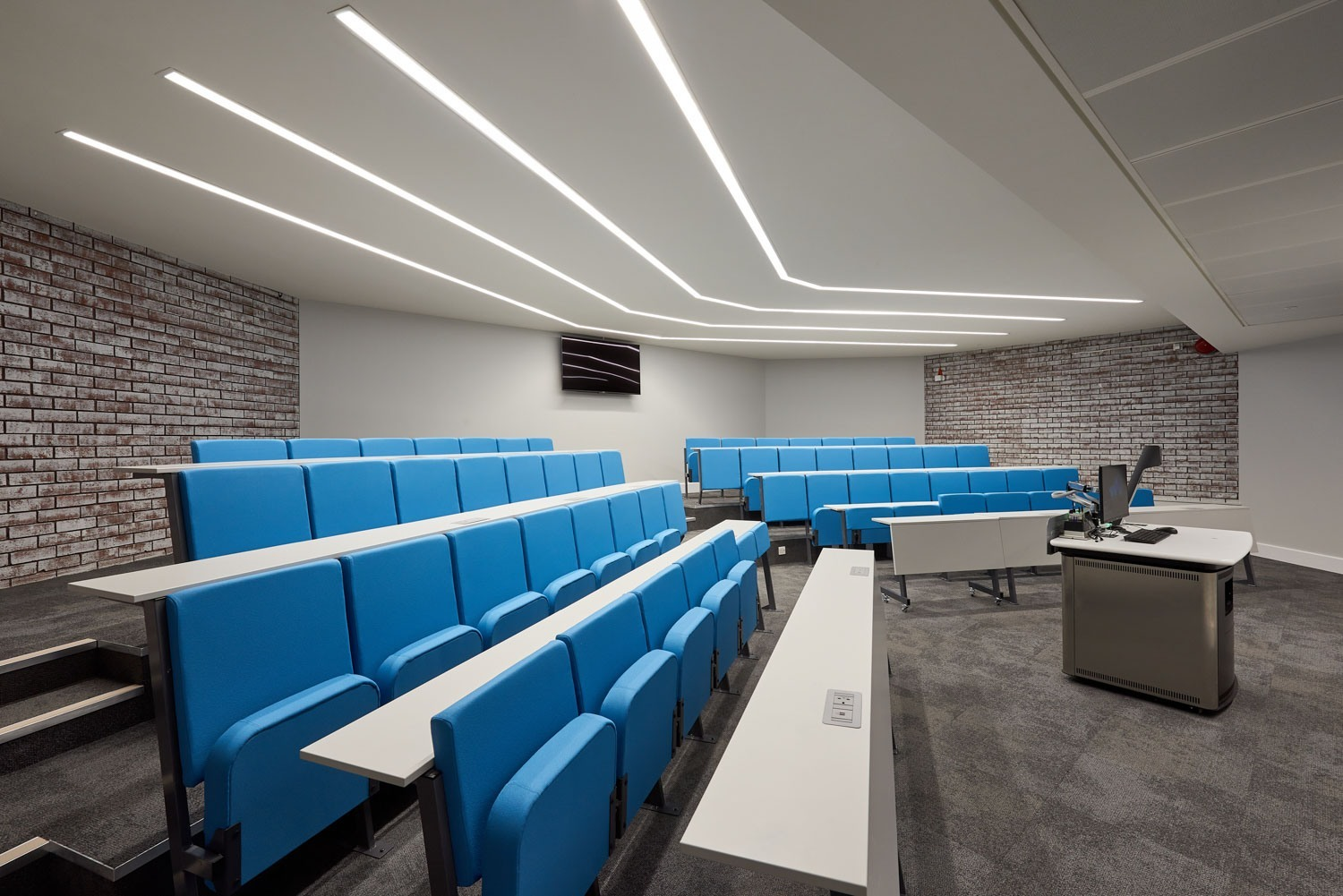 Warwick University fit out