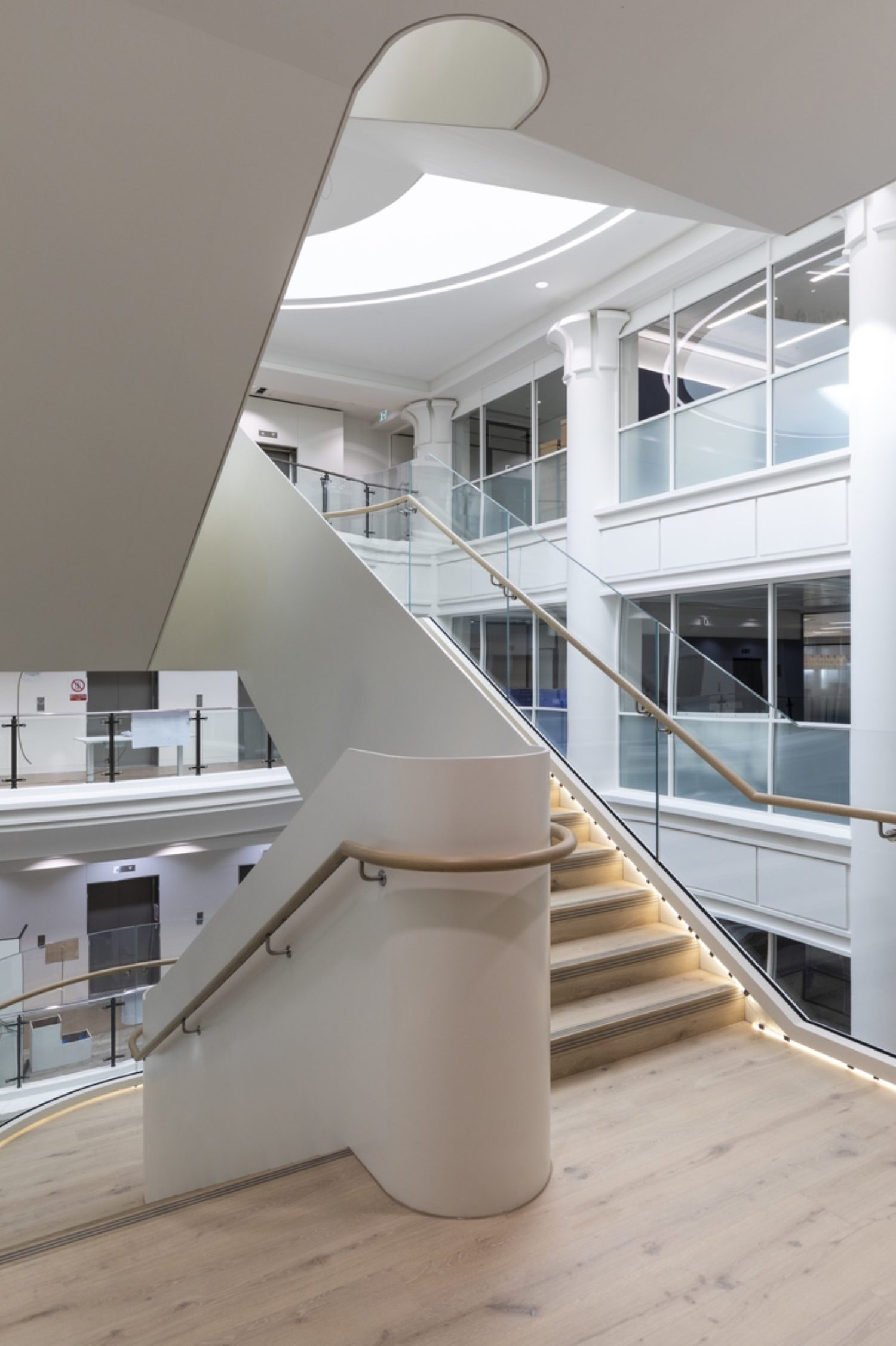 BCLP London fit out cantilevred staircase