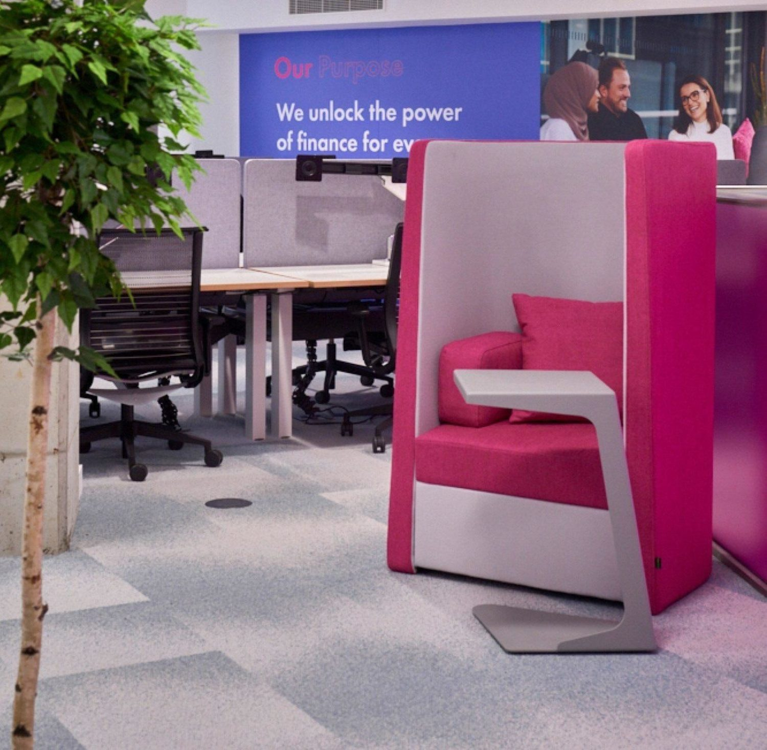 Finastra flexible and engaging workspace