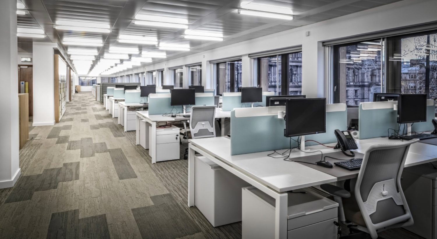 Network Rail flexible workspace fit out